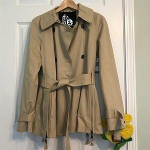 Jackets & Blazers - Cute Khaki Short Trench Coat